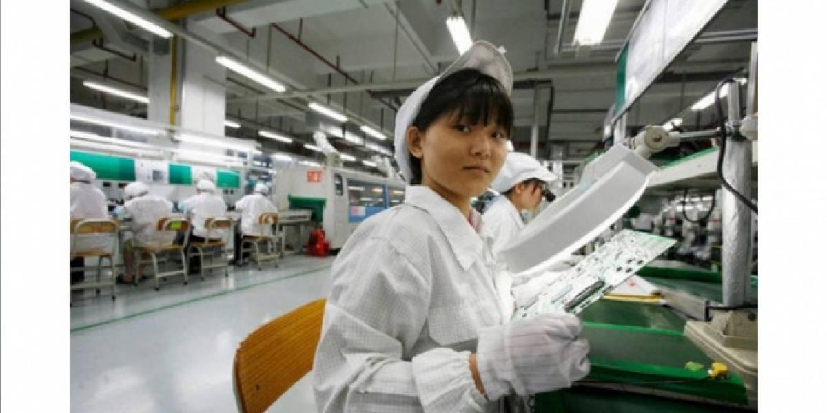 Foxconn está contratando miles de personas en sus fábricas