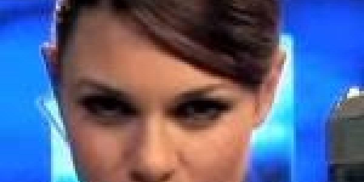 Íntimamente con Alison Carroll, la nueva Lara Croft (BABA x 1000)
