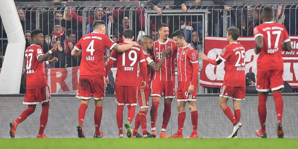 Bayern Munich sigue imparable y con un golazo de Arturo Vidal dio vuelta el marcador en aplastante victoria