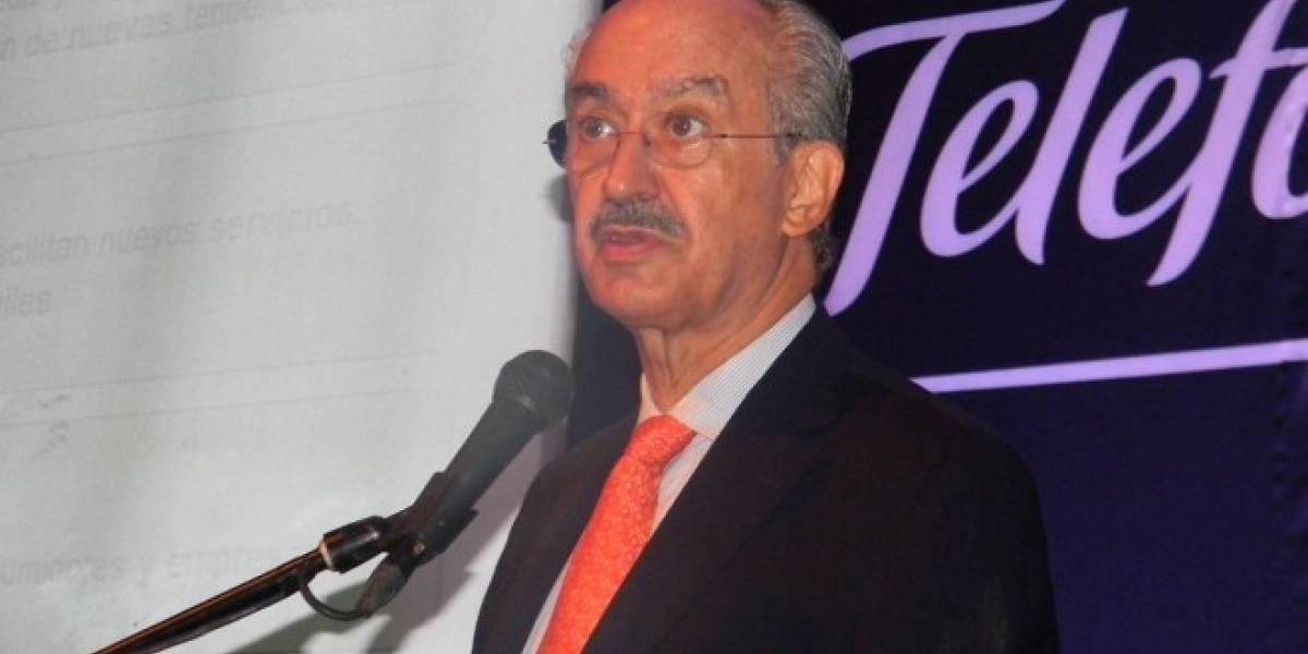 Presidente de Telefónica afirma que los gobiernos de México fueron rehenes de Telmex