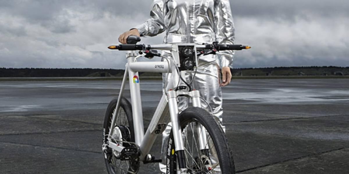 Bicicleta eléctrica con partes de Fórmula Uno alcanza 45 km/h