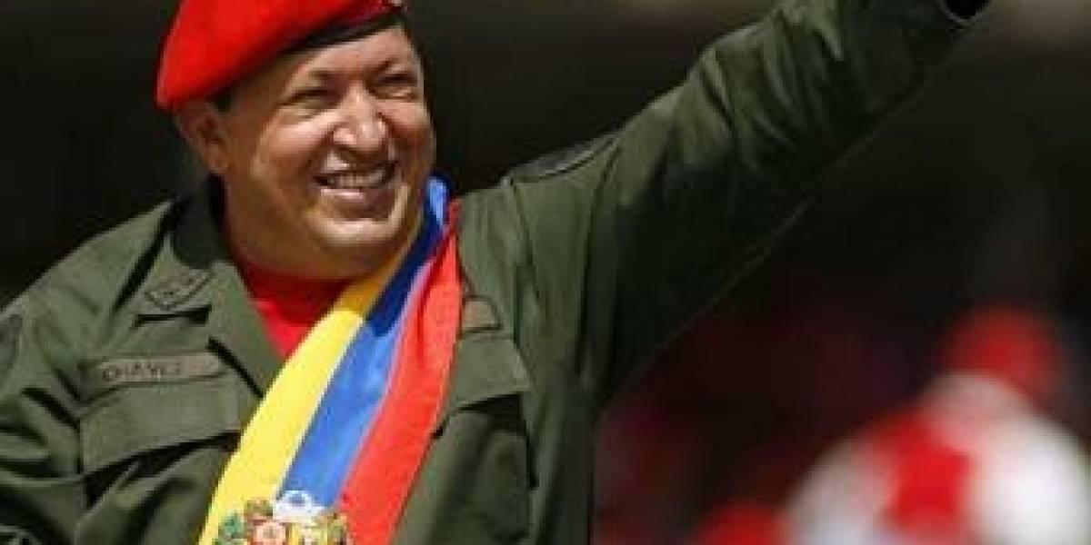Hugo Chávez considera a Twitter como una herramienta terrorista
