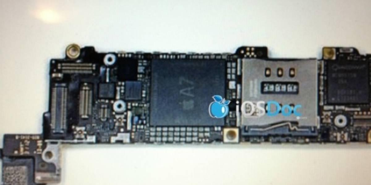 Filtran posible fotografía del hardware al interior del iPhone 5S