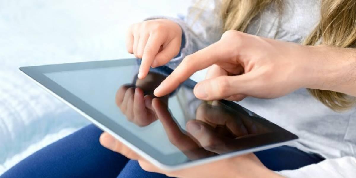 Escuelas holandesas cambiarán libros y cuadernos por iPads