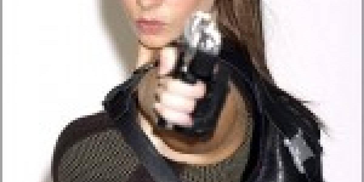 Nueva Modelo para ser Lara Croft... MIJITA RICA!!