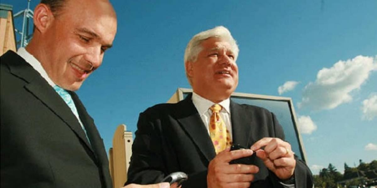 Mike Lazaridis, el otro co-fundador de RIM, deja definitivamente a la compañía