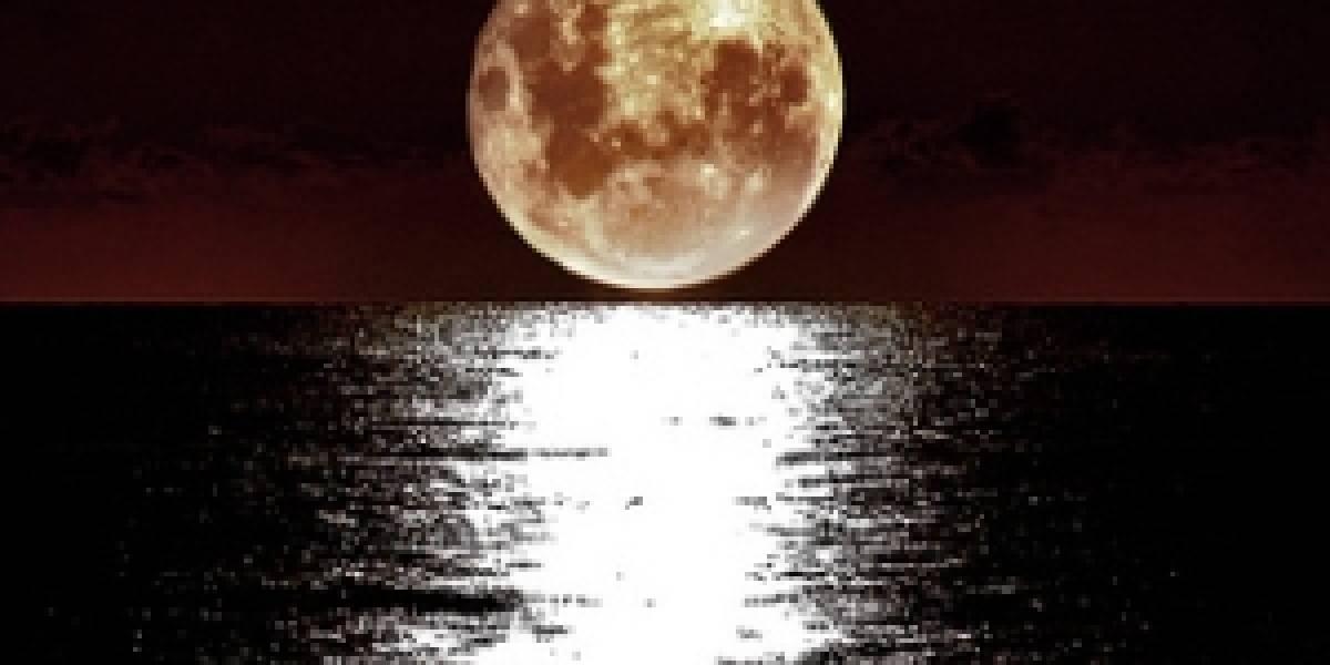 Confirman la existencia de agua en la Luna