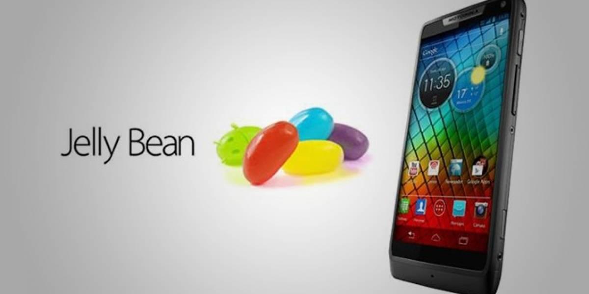 Motorola actualiza a Jelly Bean los RAZR i de Claro Chile