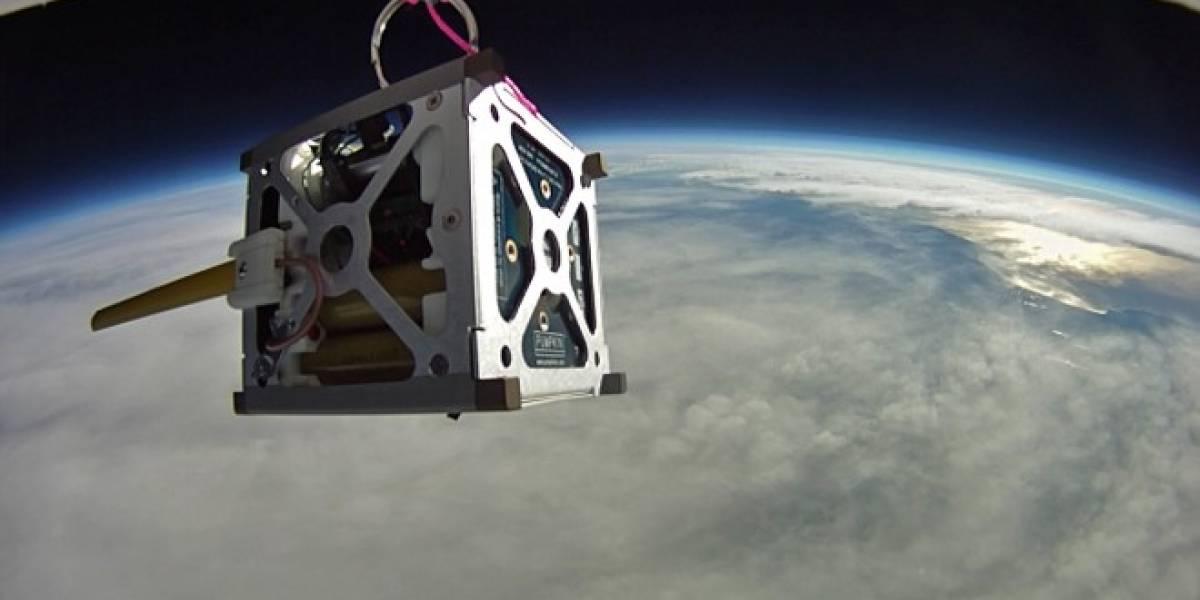 Satélite de la NASA hecho con un Nexus S se comunica desde el espacio
