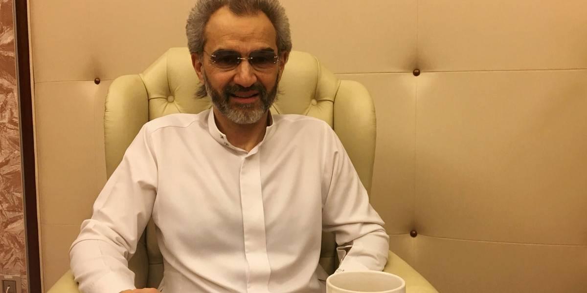 """Arábia Saudita liberta príncipe bilionário de """"detenção""""; veja fotos"""