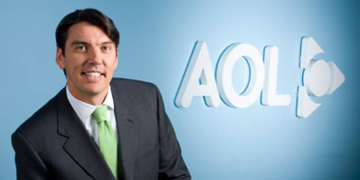 CEO de AOL rechaza su bono anual