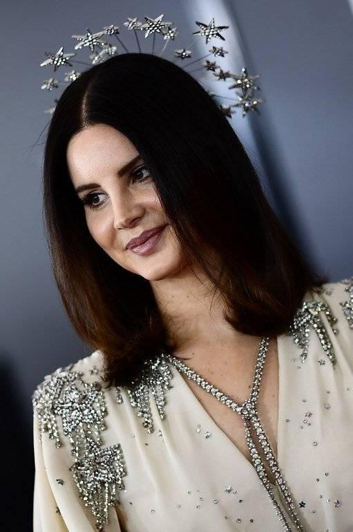 FOTOS   No aprendemos: Lana del Rey está siendo duramente