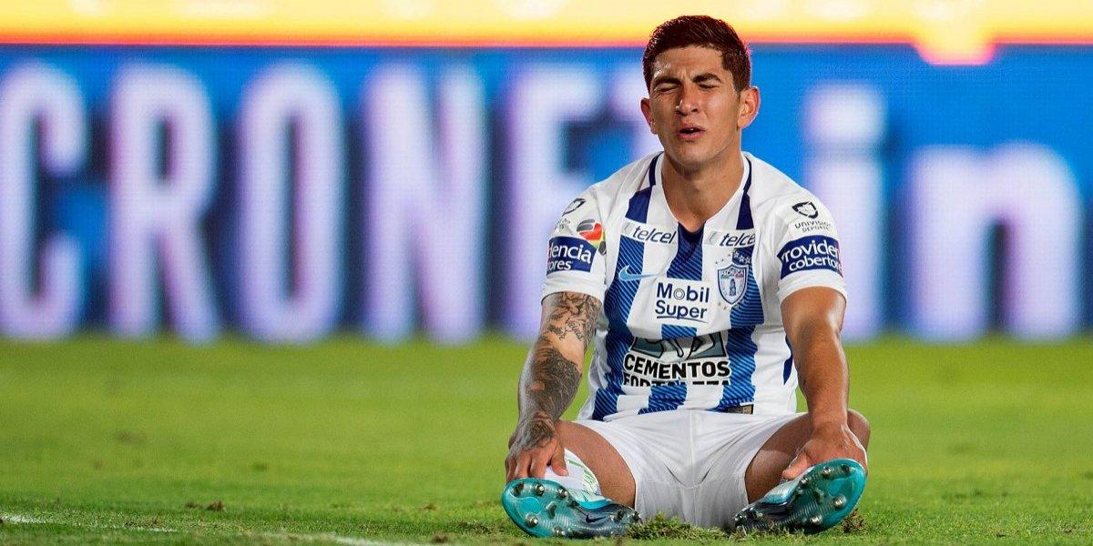 ¡Malas noticias! Víctor Guzmán es baja con la Selección