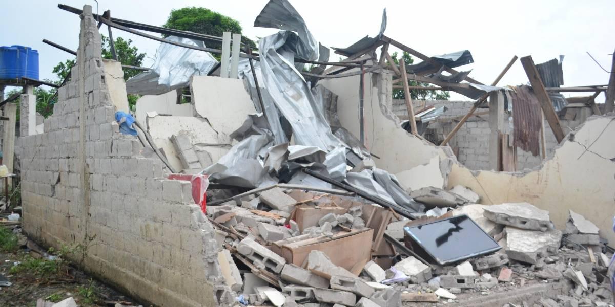 Policía transfiere a Quito a 2 agentes por problemas auditivos tras atentados