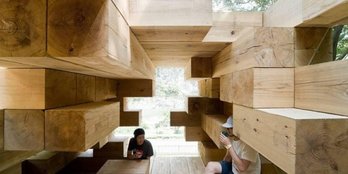 ¿Super Yenga? ¿Tetris en la vida real? Tan solo una casa de madera