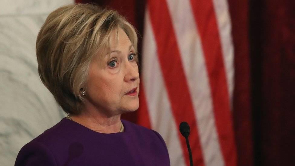 Hillary Clinton fez um discurso dizendo que as notícias falsas prejudicaram sua campanha à presidência dos EUA, antes que Trump passasse a usar o termo