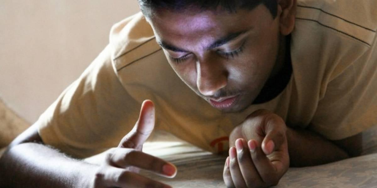 Los adolescentes se divierten a diario con la búsqueda por voz de Google
