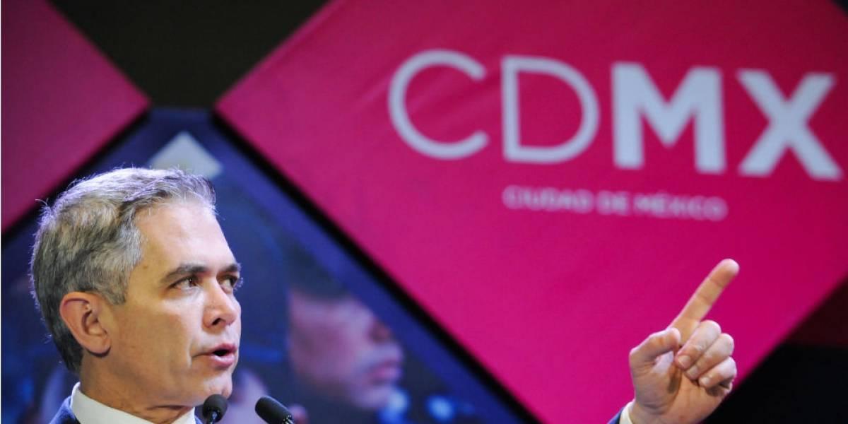 CDMX gasta 1.4 mdp al mes en 30 asesores