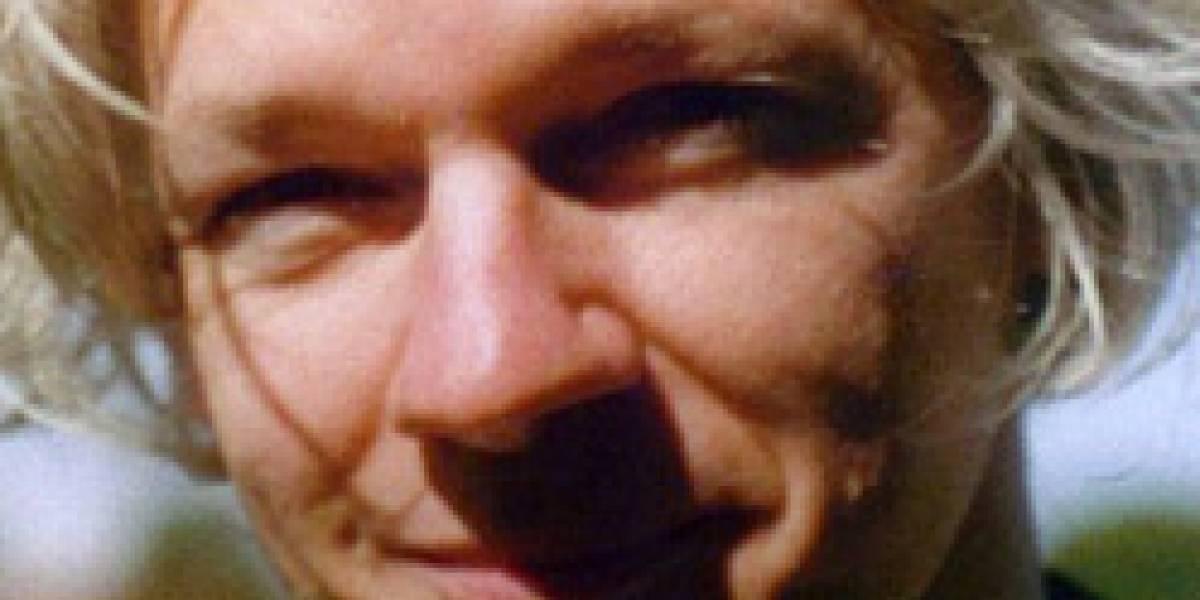 Fundador de WikiLeaks es acusado falsamente de violación y acoso sexual