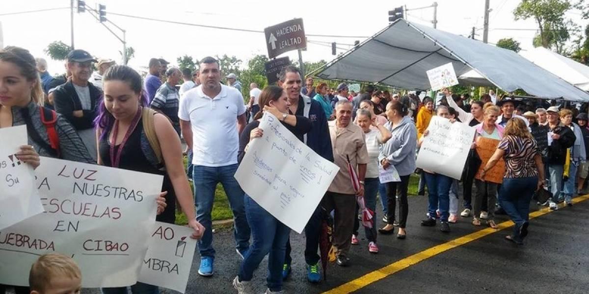Comunidades de Camuy reclaman acción de la AEE