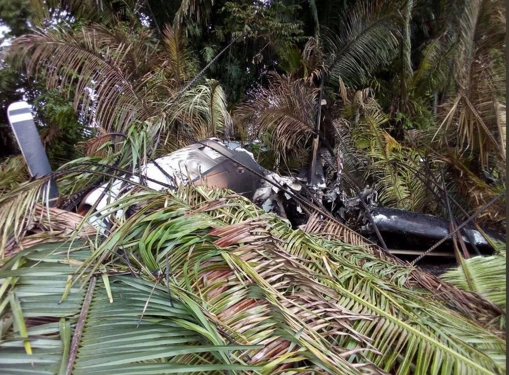 Una de las avionetas fue quemada.