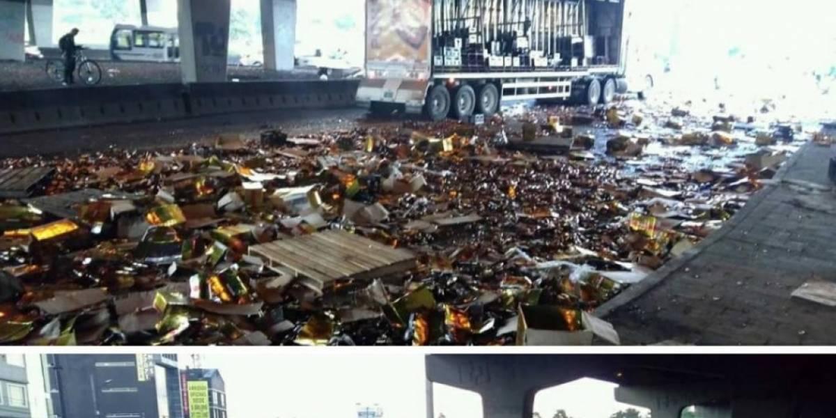 Un camión con cerveza sufre accidente en la Boyacá con 80, tuvo una pérdida de su mercancía