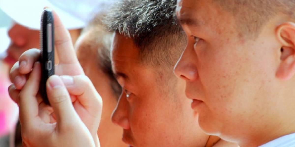 Chinos prefieren usar el móvil para conectarse a Internet