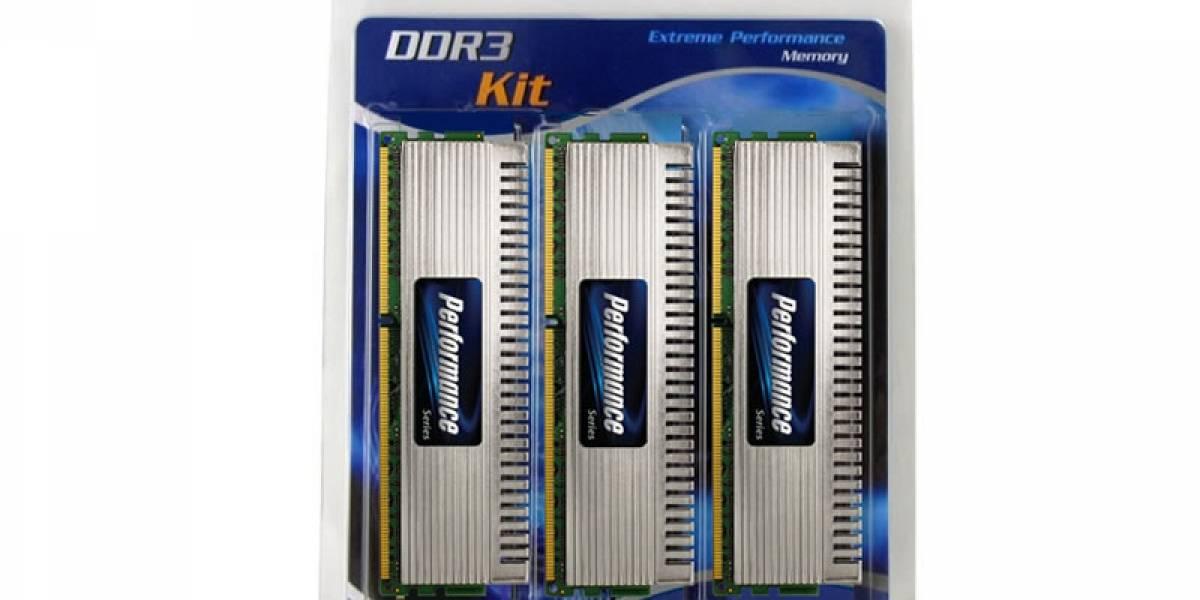 Con ustedes, el primer kit 24GB DDR3 a 2000Mhz