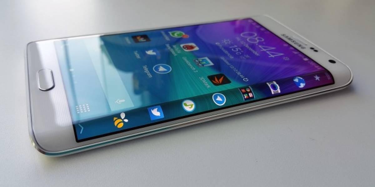 Samsung habría patentado un smartphone con dos bordes curvos
