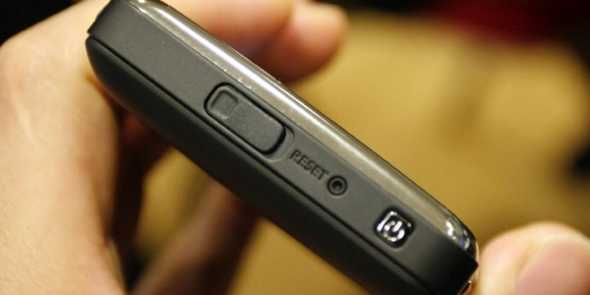 3G + Windows Mobile + HP = iPAQ 914 Business Messenger