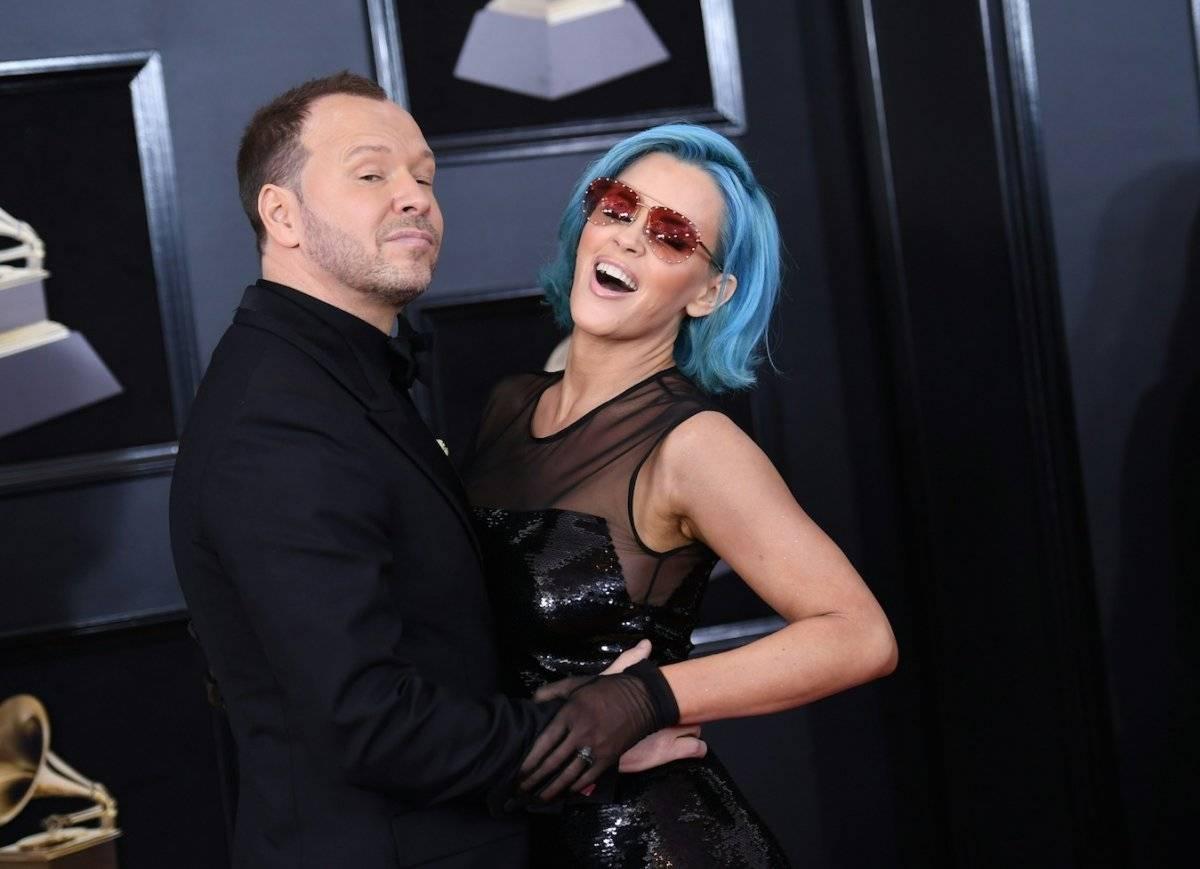 Donnie Wahlberg y Jenny McCarthy asistieron a la 60 edición de los Grammy. Foto: AFP