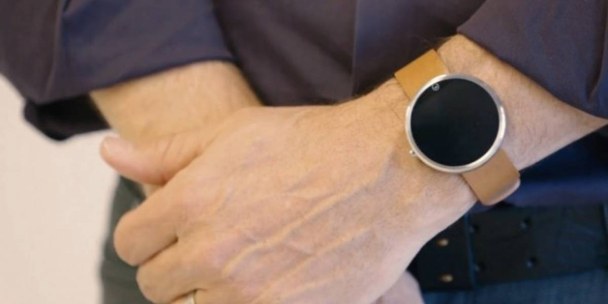 Moto 360 se deja ver en video