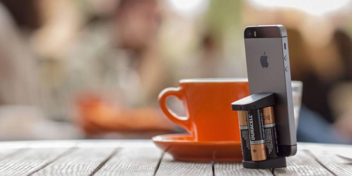 Oivo, un cargador para iPhone que utiliza baterías AA
