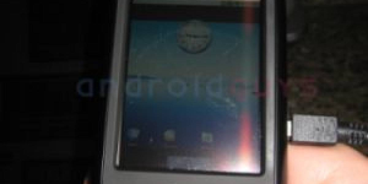 Muestran un OpenMoko corriendo Android