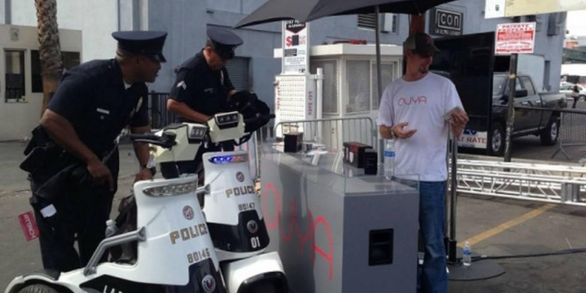 La policía trató de cerrar el stand de Ouya #E3
