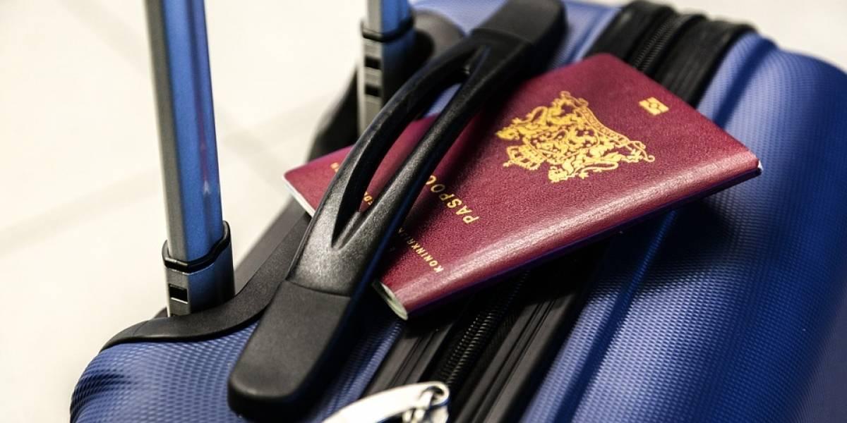 Detienen a brasileña que viajaba con el cadáver de su marido en la maleta