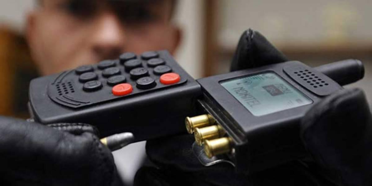 Impresentable: Un celular-pistola pasado de moda