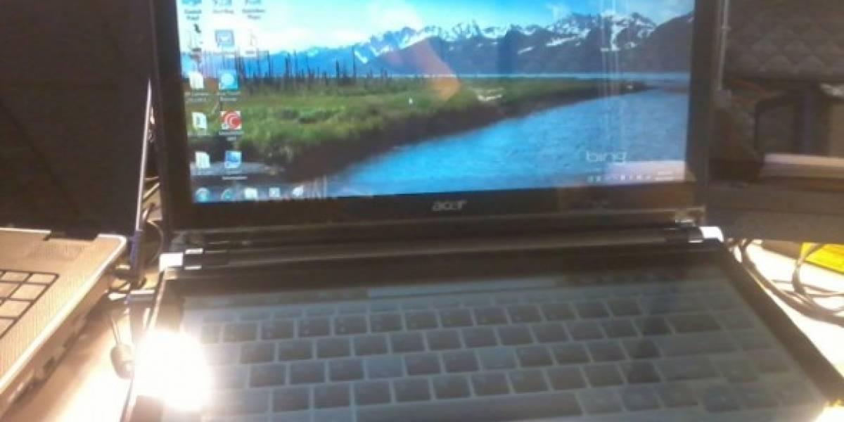 Portátil Acer con doble pantalla táctil