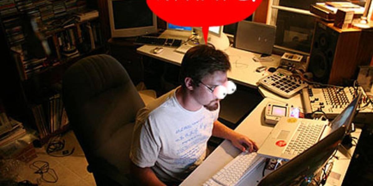 Hombre utiliza escritorio remoto para encontrar notebook robado, soporta porno por un mes