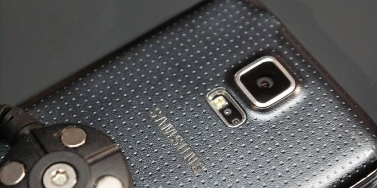 Samsung explica por qué la parte trasera del Galaxy S5 tiene agujeros
