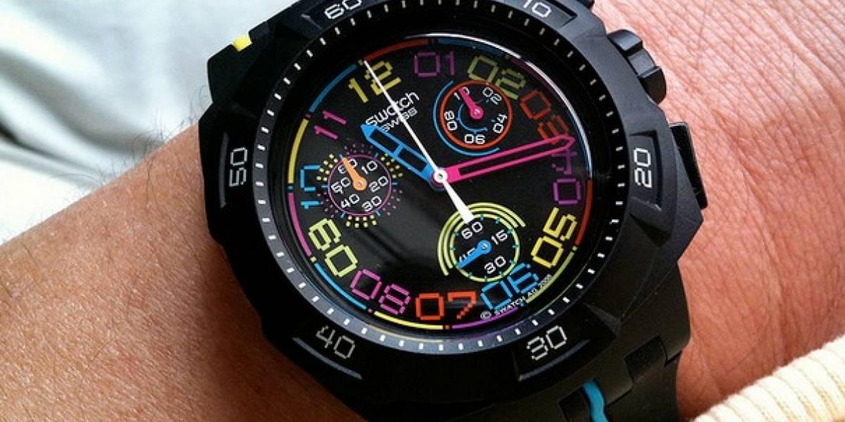 Swatch planea lanzar reloj inteligente para competir con Apple