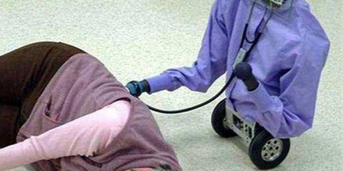 Robot enfermero: Te toma los signos vitales y llama al 911