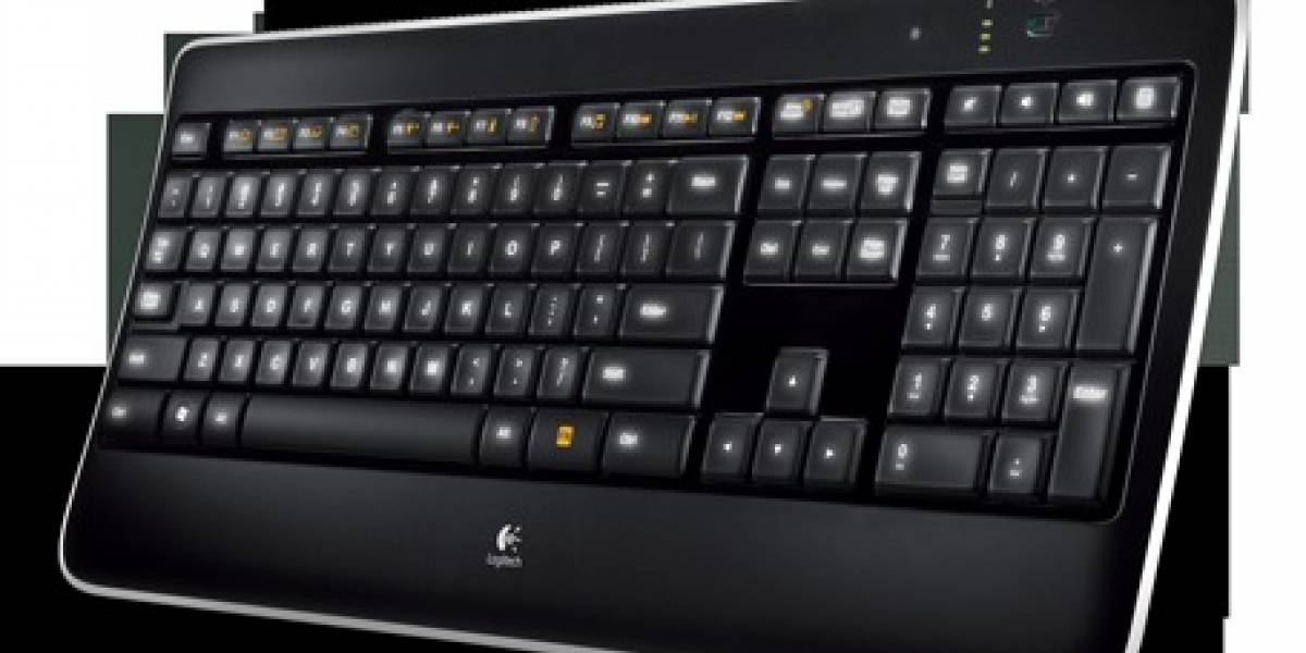 Logitech anuncia teclado K800 retroiluminado