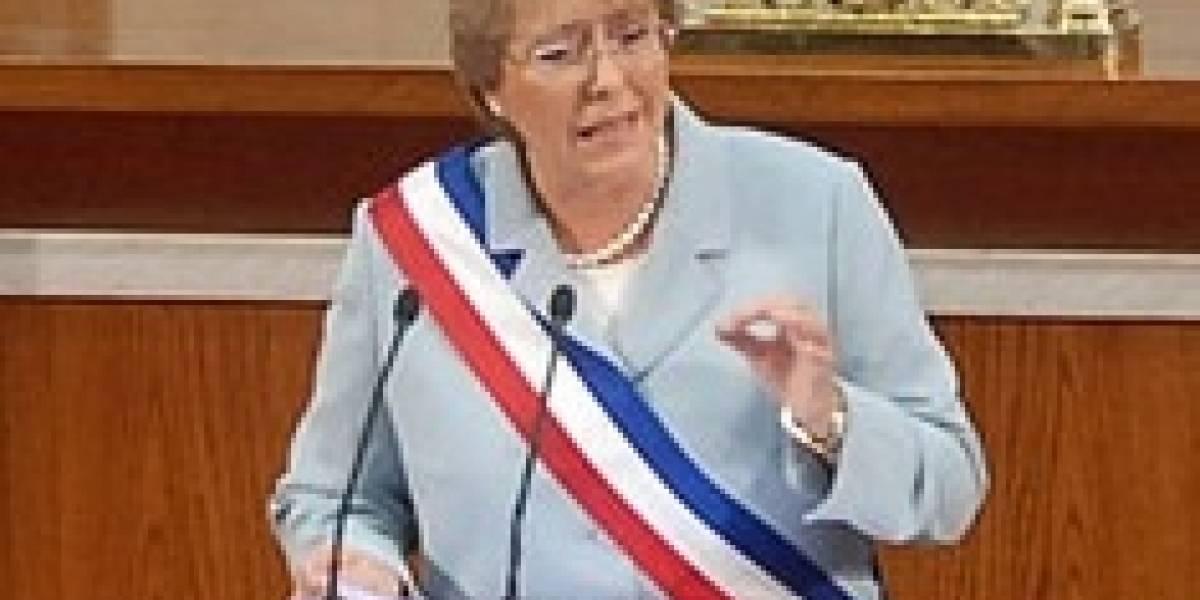 Computadores y conectividad en el discurso presidencial de Michelle Bachelet