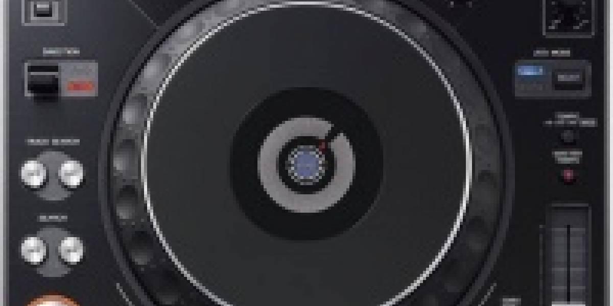 Primeros detalles de DJ Hero