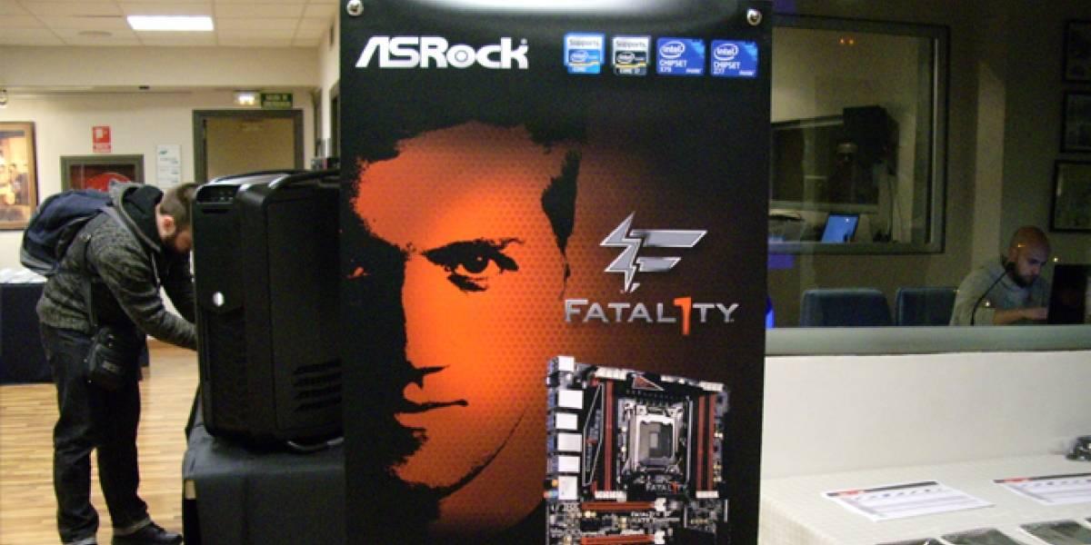 España: ASRock presentó sus placas Intel 7- series, y Kingston su gama HyperX
