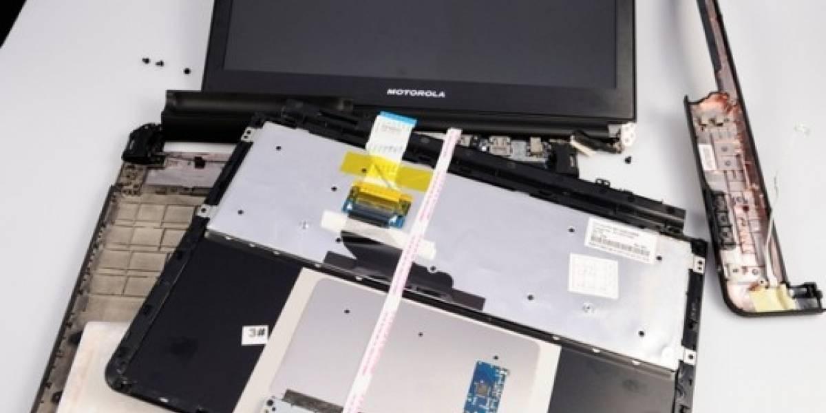 Dock Laptop para Motorola Atrix hackeado y destripado