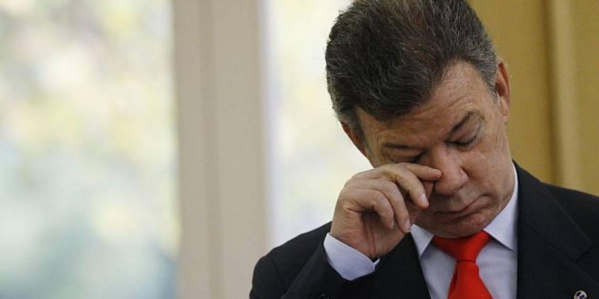 Santos suspende diálogos con ELN por atentado contra policías
