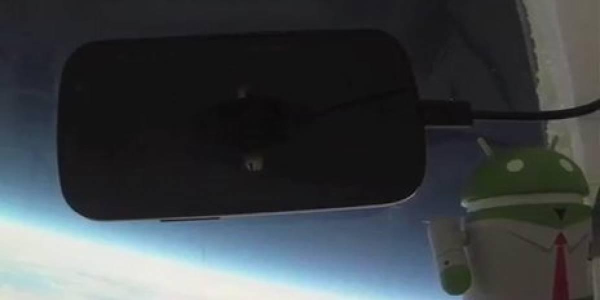 Google lanza un Nexus S al espacio (Video)