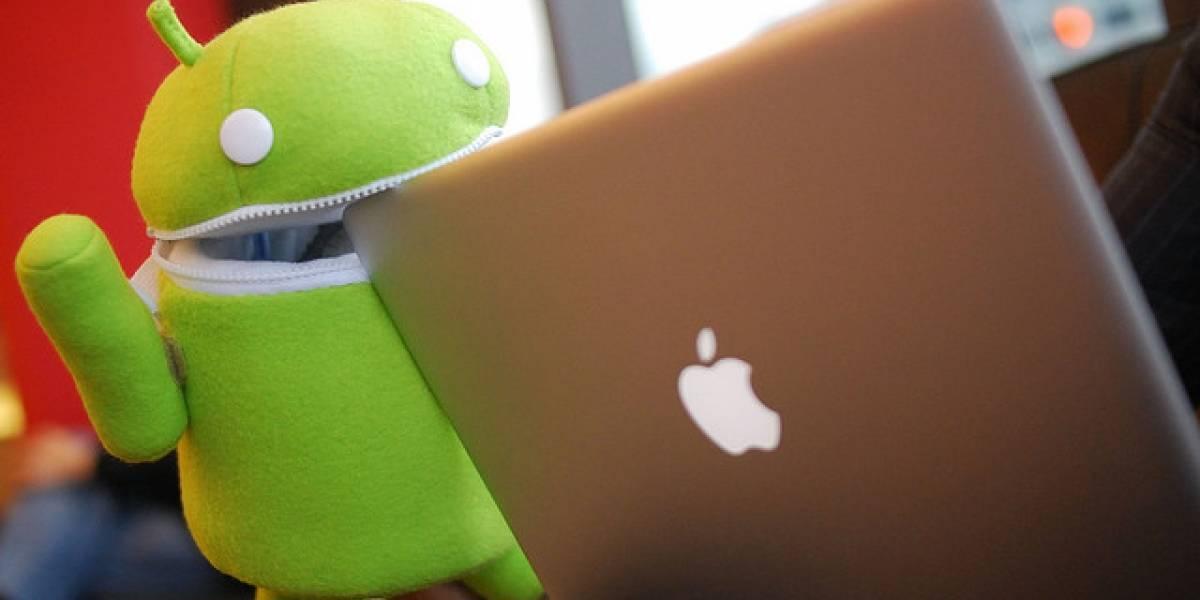 El robot verde sigue mosrdisqueando a sus rivales